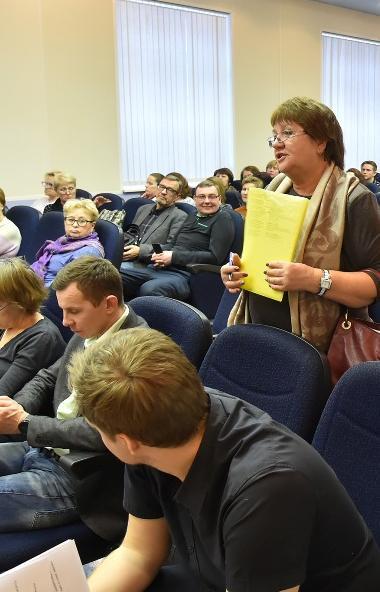 Работники Челябинского металлургического комбината (ПАО «ЧМК», входит в Группу «Мечел») обсудили