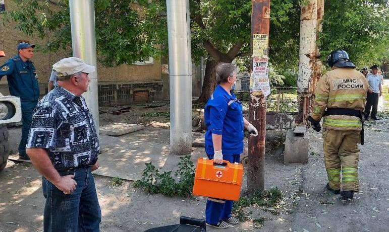 В результате хлопка газа в пятиэтажном доме Коркино (Челябинская область) пострадал 26-летний муж