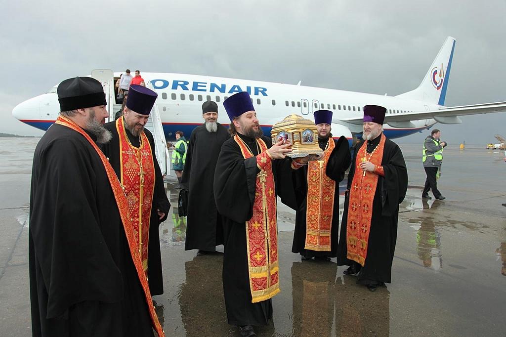 Как сообщили агентству в епархии, митрополит Челябинский и Златоустовский Никодим встретил велику