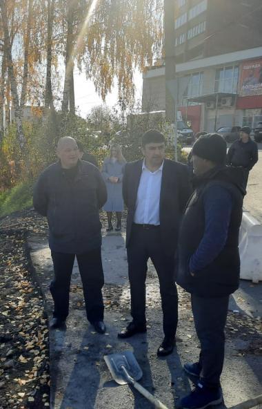 Глава Златоуста (Челябинская область) Максим Пекарский собирает мнения горожан о новых переездах