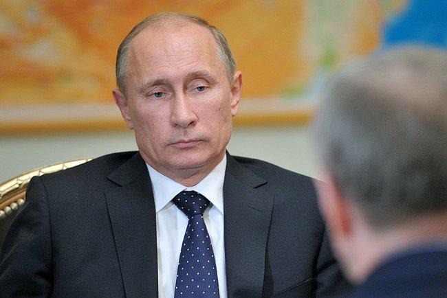 Как заявил на встрече Юрий Чайка, с момента вступления в силу закона об НКО с ноября прошлого год