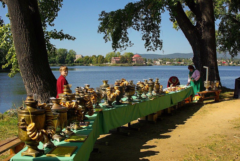 Город удостоен диплома в номинации «За актуализацию традиций в культурном развитии города». Награ