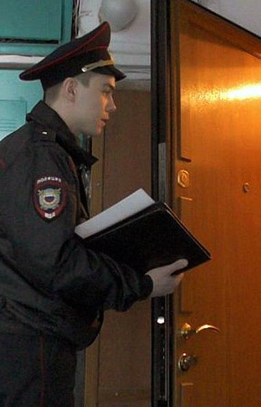 В Челябинской области участковые уполномоченные пройдут по квартирам южноуральцев. Они встретятся