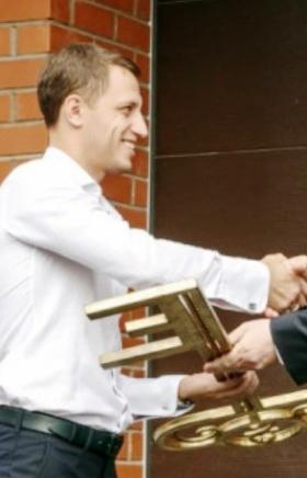 В Магнитогорске состоялась торжественная церемония сдачи в эксплуатацию двух четырёхквартирных жи