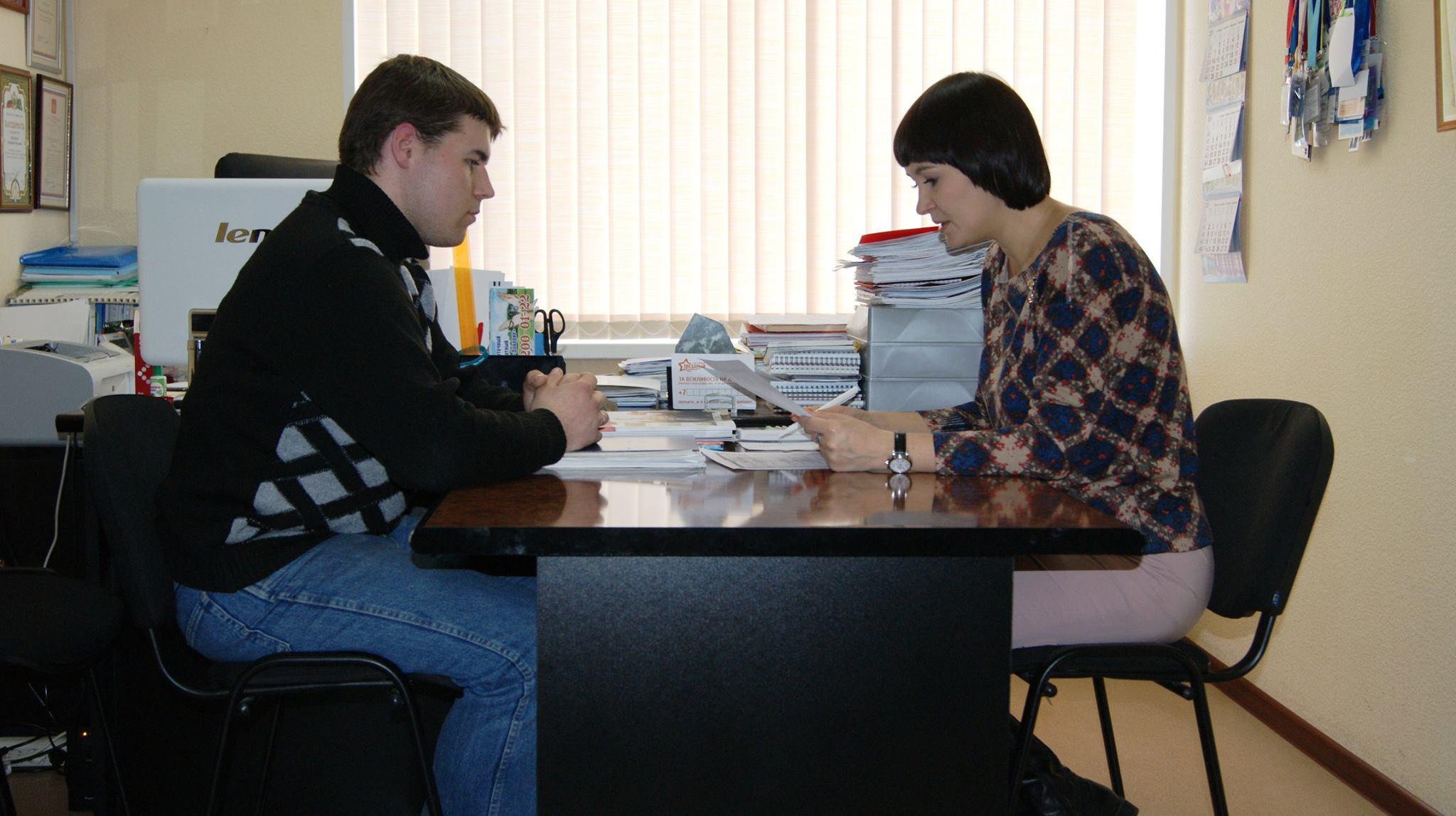 Биологический отец Кристины Андрей продемонстрировал уполномоченному по правам ребенка Маргарите