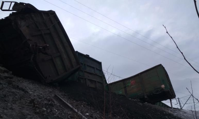 В Челябинской области пассажирские поезда изменят маршрут движения в связи со сходом грузовых ваг