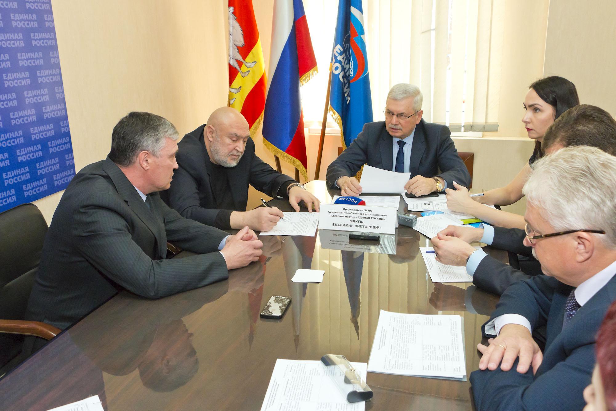 Председатель Законодательного Собрания Владимир Мякуш провел личный прием граждан в общественной