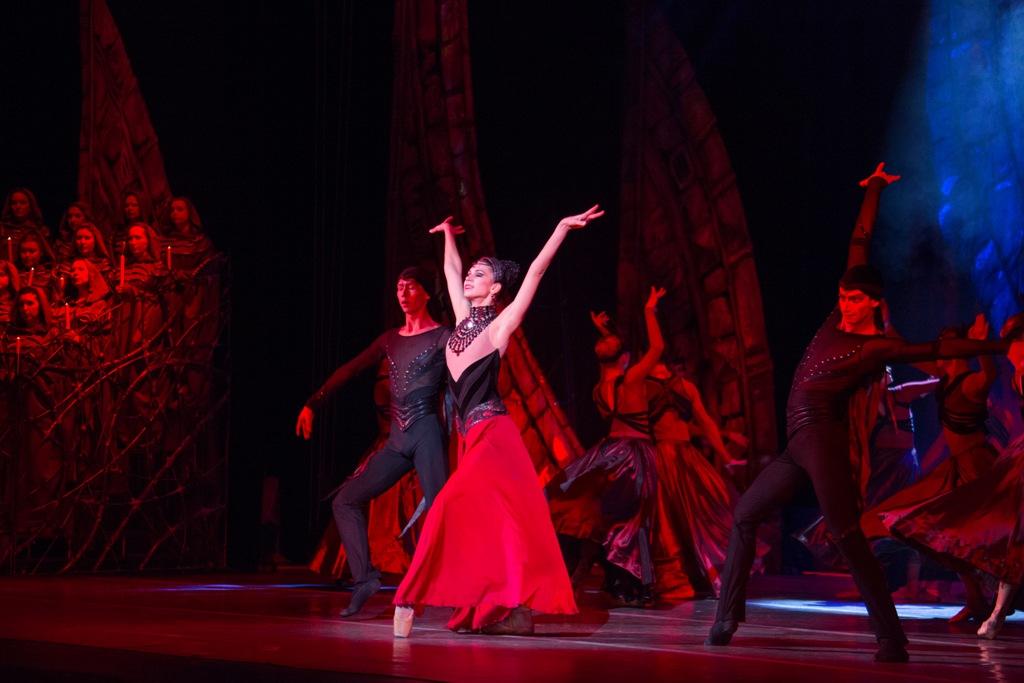 Челябинский театр оперы и балета выступил в Екатеринбурге на фестивале лучших спектаклей Урала,
