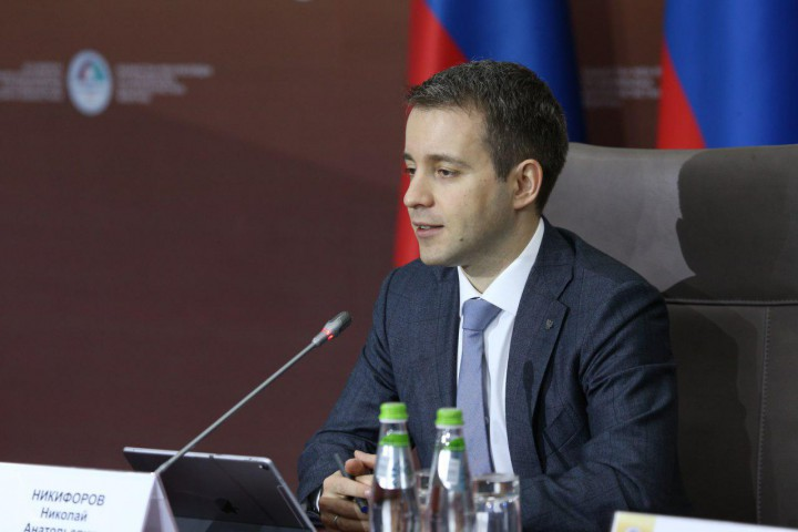 Сегодня, 9 ноября на XIV Форуме межрегионального сотрудничества России и Казахстана прошел «кругл