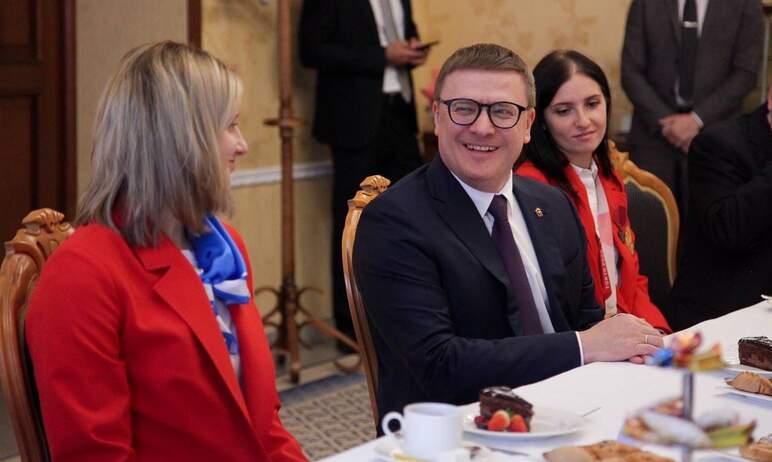 Губернатор Челябинской области Алексей Текслер наградил премиями призёров и участников Паралимпий