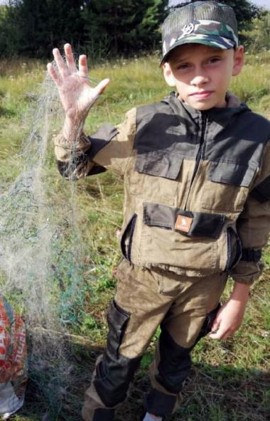 В Челябинской области рыбаки-любители очистили озеро Сугомакот браконьерских рыболовных сет