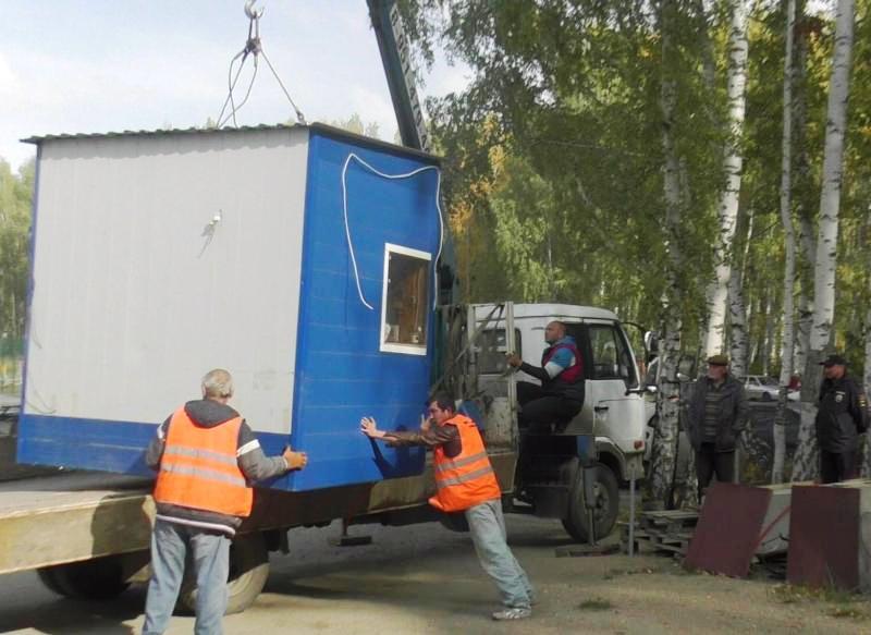 Демонтаж был произведен сотрудниками полиции совместно с МКУ «Служба демонтажа и з