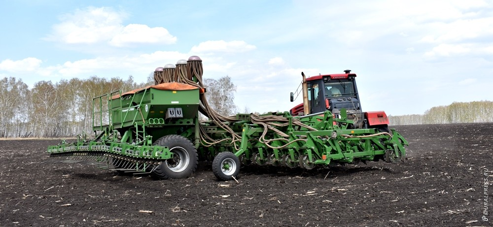 К началу ноября текущего года до сельхозтоваропроизводителей Челябинской области доведено 2,4 мил