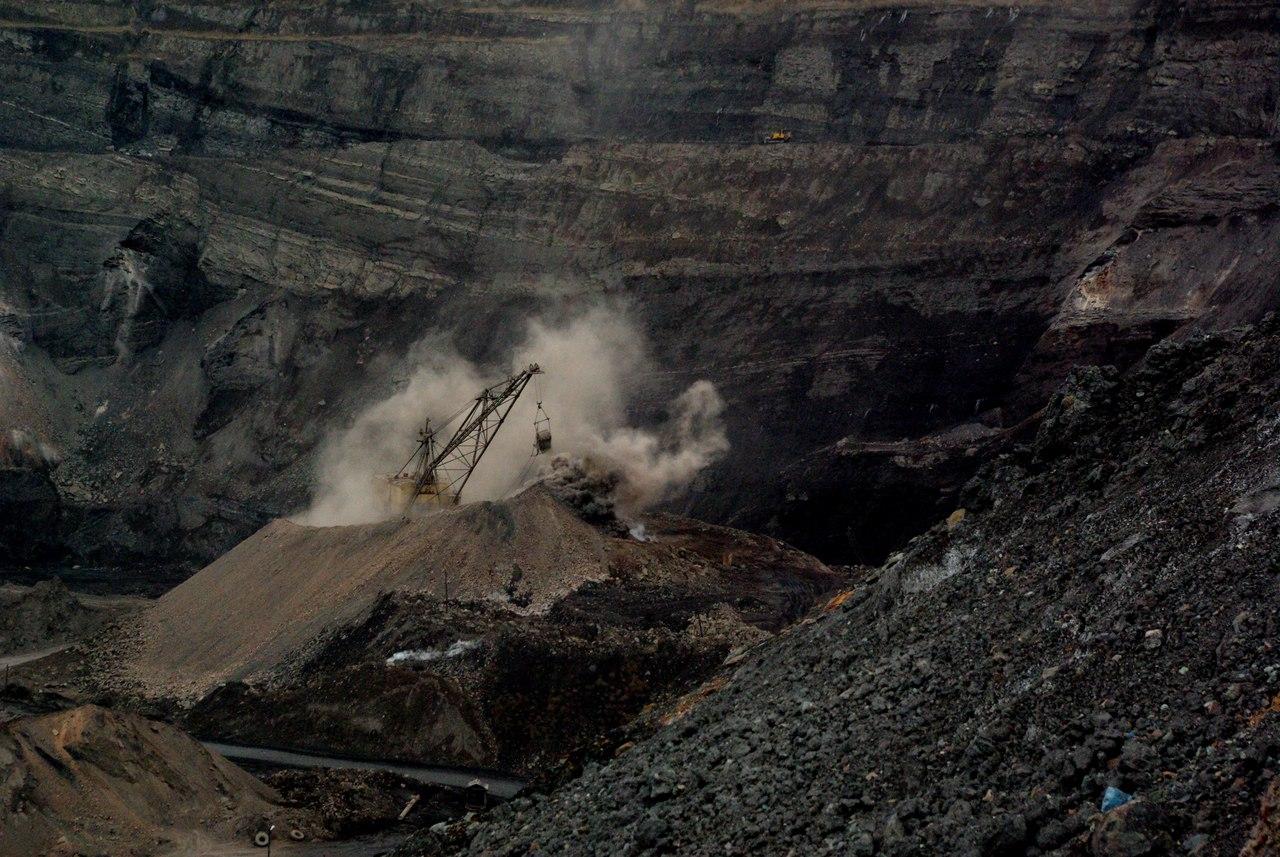 Как уже сообщало агентство, в конце 2017 года у ЧУК заканчивается лицензия на добычу угля на разр