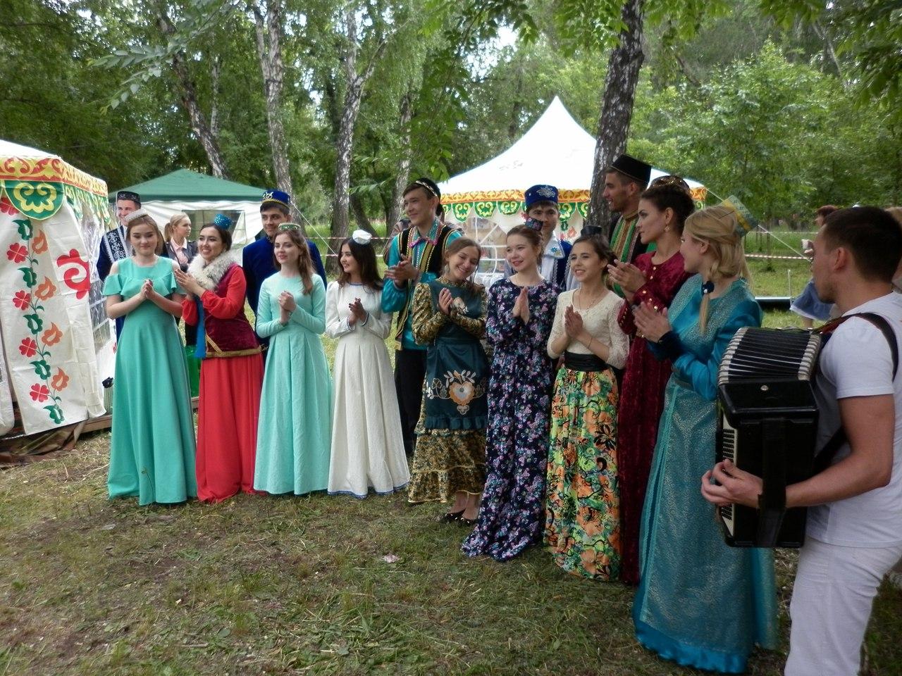 В Челябинске прошел масштабный национальный праздник Сабантуй. Гостями Сабантуя, помимо челябинце