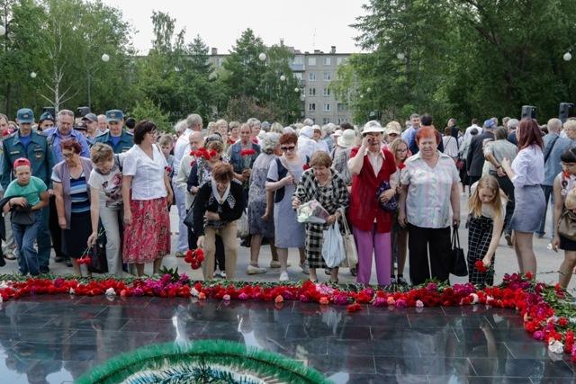 В пятницу, 21 июня, в сквере защитников Отечества в Ленинском районе состоялся памятный митинг, п