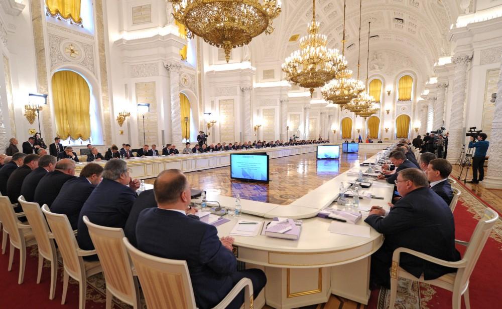 Как сообщается в пресс-службе Кремля, на заседании будут рассмотрены роль и место России в решени