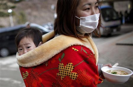 Специалисты постоянно ведут борьбу за восстановление работы шести реакторов на Фукусима-1. В то в