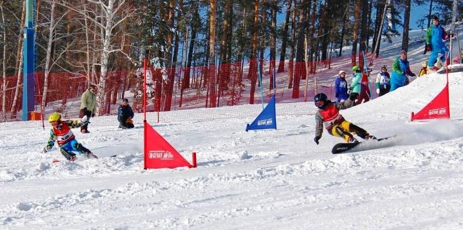Национальный чемпионат по сноуборду, включенный в этом году в календарь международной лыжной феде