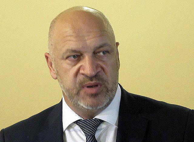 Об этом сообщил на состоявшемся в Челябинске брифинге руководитель рабочей группы по проблеме обм