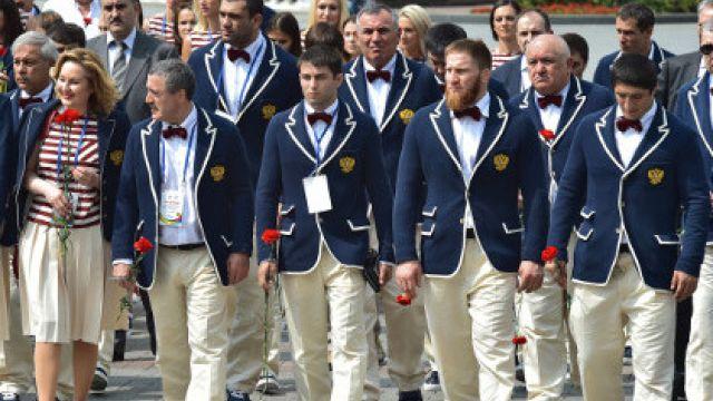 По данным издания, на Игры-2016 отправились около 70 спортсменов, в их числе мужская и женская ко