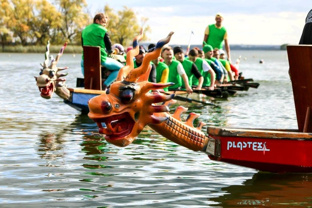 В турнире участвуют более 400 спортсменов из таких городов, как Челябинск, Магнитогорск, Екатерин