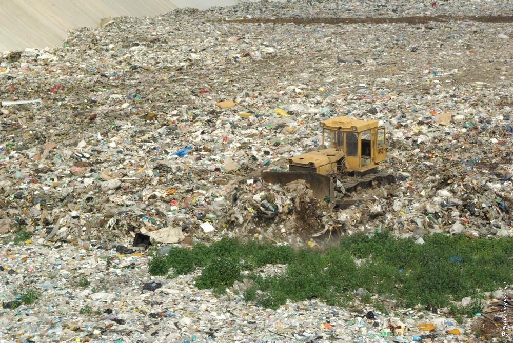 Прокуратура Челябинской области и экологи требуют наложить запрет на эксплуатацию городской свал