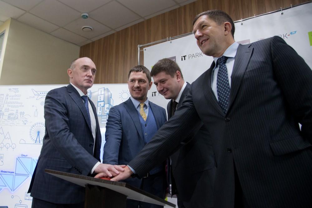 «Мы стали одним из трех регионов, где открылось представительство «Сколково», - отметил Борис Дуб