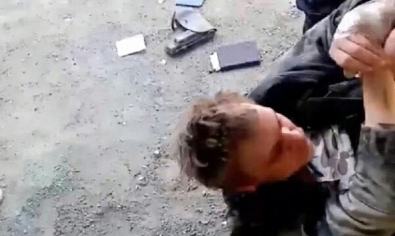 В Челябинске пьяный мужчина открыл стрельбу по людям в Ленинском районе Челябинска на улице Масле