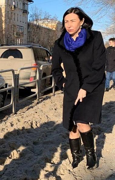 Глава Челябинска Наталья Котова сегодня, 23-го января, проверила качество уборки тротуаров. В сво