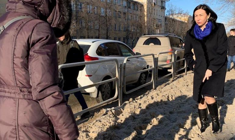 Глава Челябинска Наталья Котова потребовала, чтобы главы всех районов города вышли из кабинетов н
