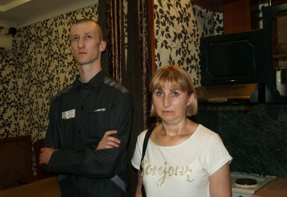 Осужденному Александру Кольченко, отбывающему наказание в исправительной колонии №6 в Копейске, р