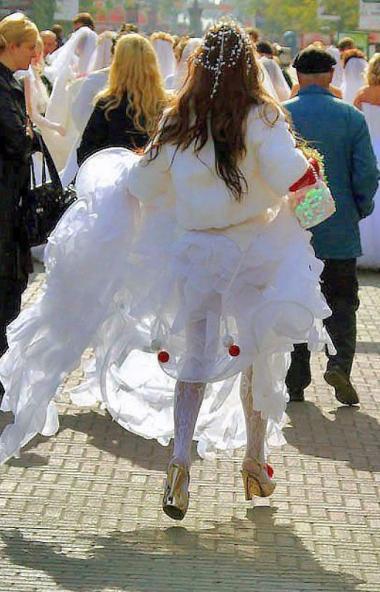 В России сегодня возраст среднестатистической невесты составляет от 25 до 34 лет. По данным Росст