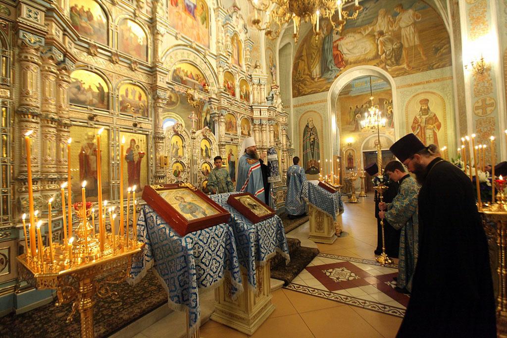 Сегодня, 21 сентября, православные отмечают праздник Рождества Пресвятой Богородицы, установленны