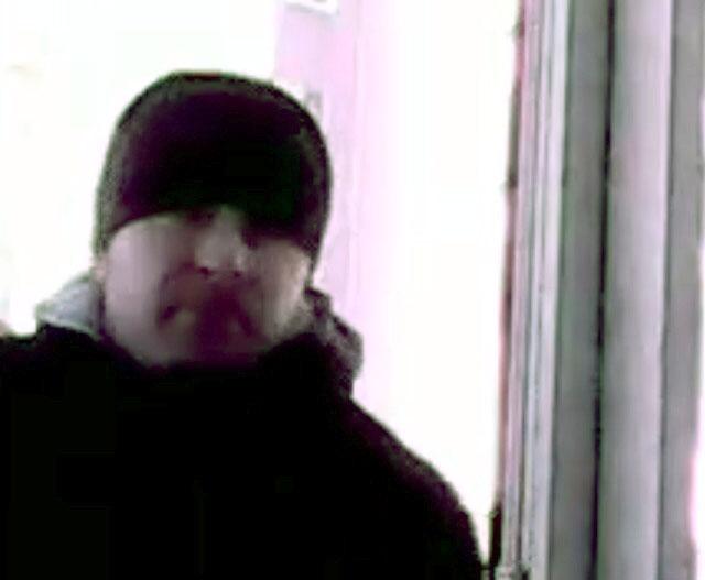 Полицейские изъяли с места совершения преступления видеозапись, на которой есть возможный подозре