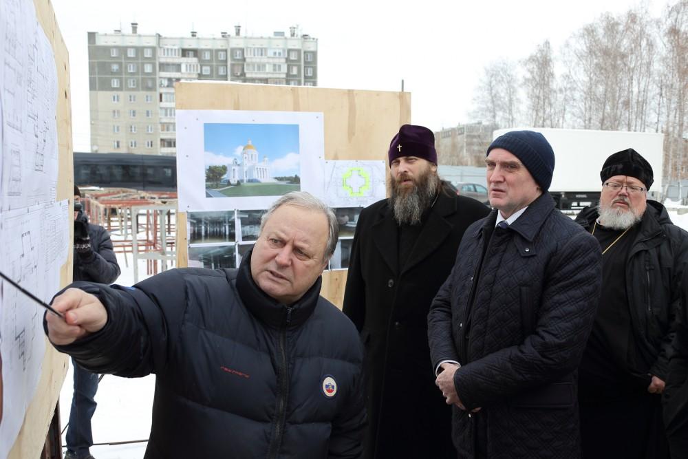 Как сообщили агентству в епархии, строители законсервировали стройку главного храма Челябинской м