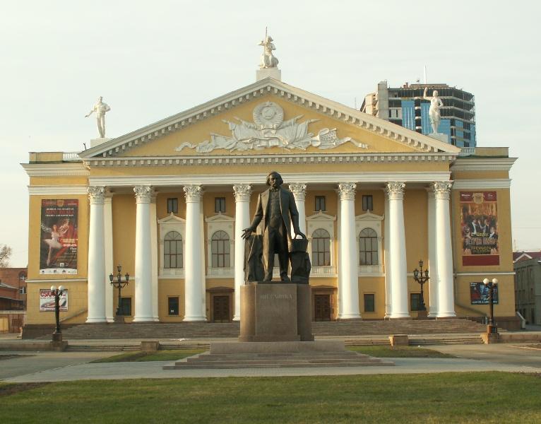 В воскресенье, седьмого мая зрителям покажут оперетту «Севастопольский вальс». Как рассказа