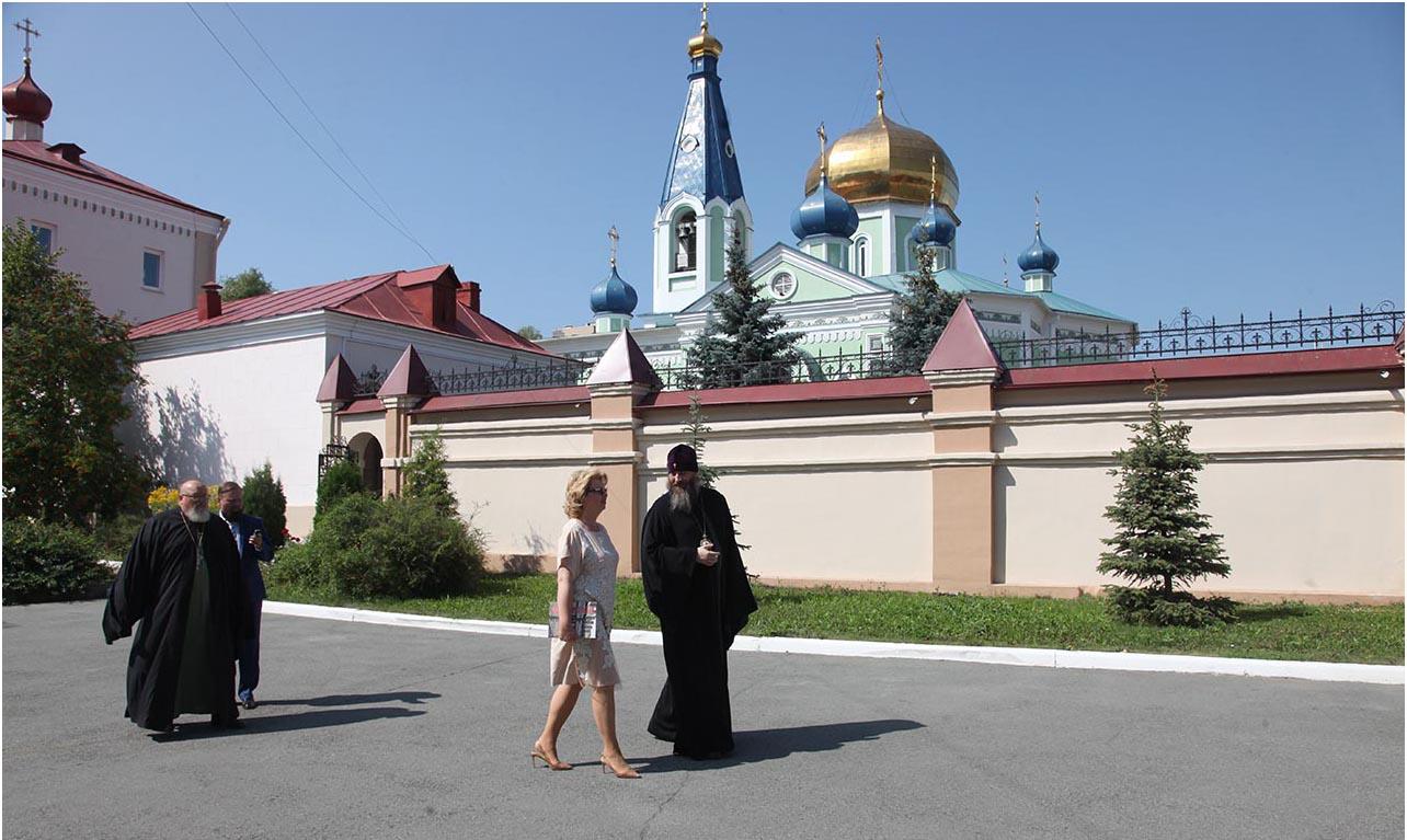 Как сообщили агентству «Урал-пресс-информ» в Челябинской епархии, это уже четвертый по счету визи