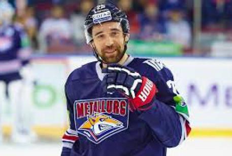 Об этом в своем «Твиттере» сообщил североамериканский агент хоккеиста Дэн Мильштейн. Он же привел