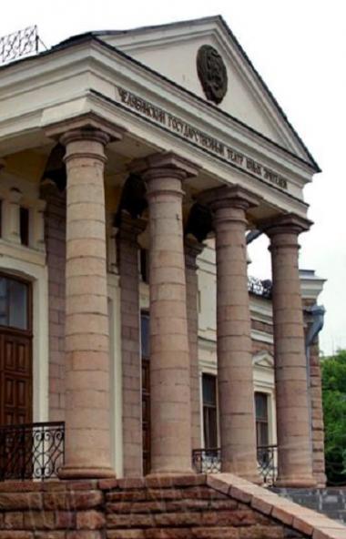 В связи с полномасштабным ремонтом, который проходит в Молодежном театре в рамках нацпроекта «Кул