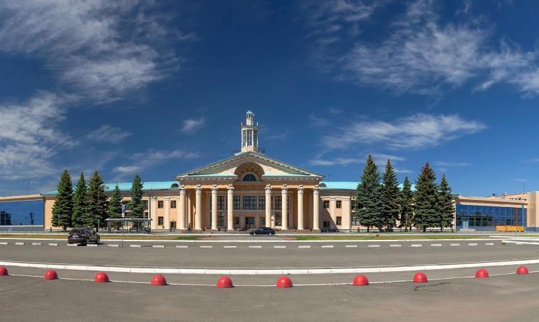 В Челябинске возбуждено уголовное дело по факту кражи багажа авиапассажирки. Грузчик воспользовал