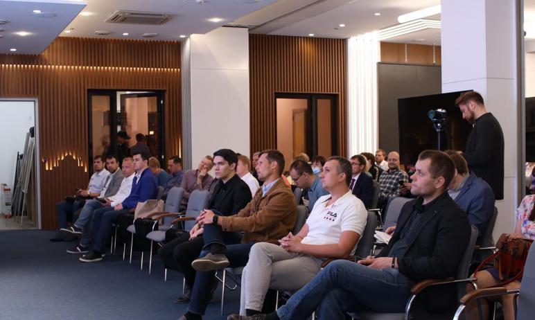 В Челябинске прошел «Innovation's day by SKOLKOVO». Его посетили порядка 100 человек. Это предста