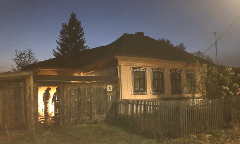 В Миассе (Челябинская область) в ночь с 12 на 13 мая из-за неосторожного обращения с огнем в част