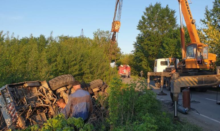 В Коркинском муниципальном районе (Челябинская область) завершены работы по поднятию автокрана, у