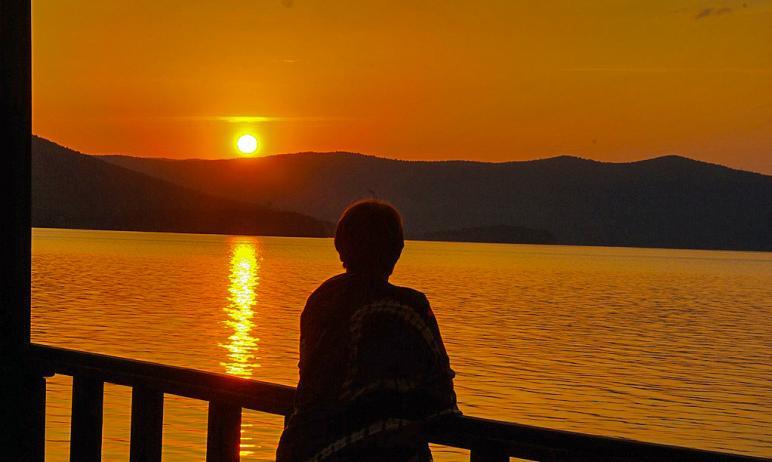 В понедельник, 21 июня, наступит День летнего солнцестояния. В Северное полушарие он принесет аст