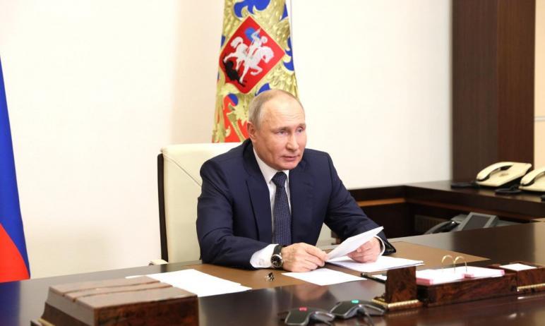 Заместитель председателя правительства РФ Марат Хуснуллин доложил президенту Владимиру Путину о к