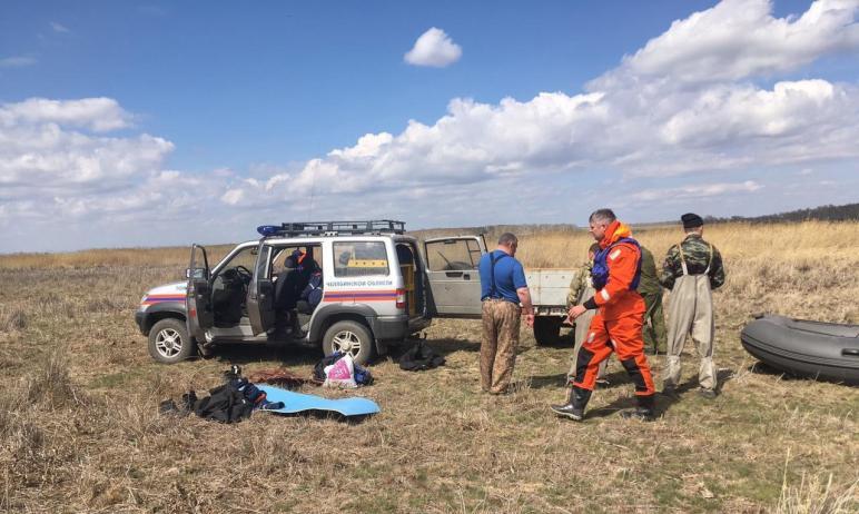 Сегодня, седьмого мая, продолжаются поиски второго рыбака, который утонул после опрокидывания лод