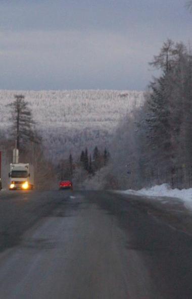 Снегопад и метели минувшей ночью наблюдались практически на всей территории Челябинской области.