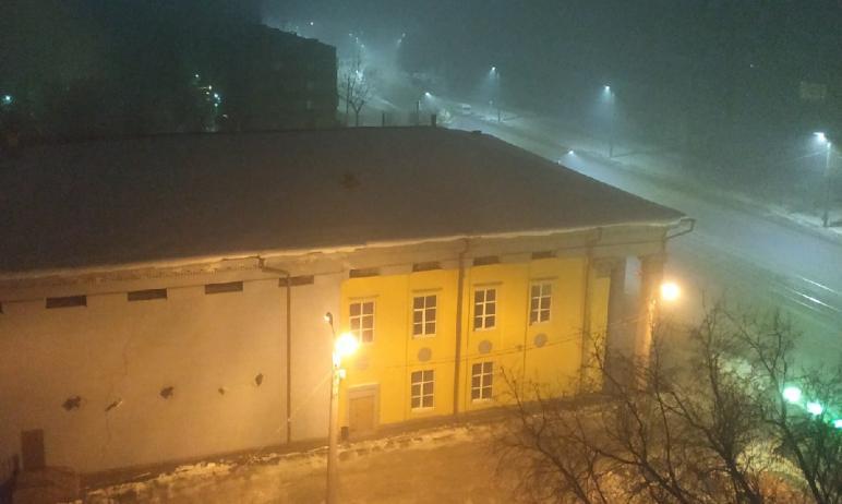 Жители Челябинской области жалуются на сильную загазованность и удушающий смог, накрывший областн