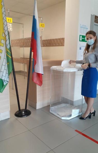 В первый день досрочного голосования, 11 сентября, в Челябинской области пришли на избирательные